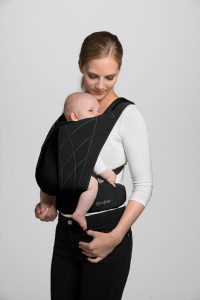 00000 Cybex_YemaClick_Front_Carrying_POsition_DPBL_y045_screen_ultra_HD