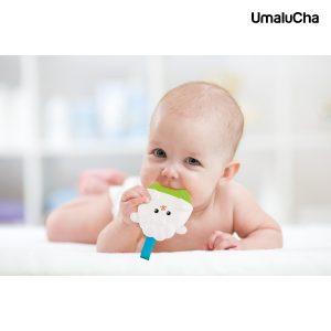 0822-mala-silownia-dziecko-z-1-zabawka