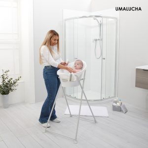 New-bath-stand-square-lifestyle-with-mum-and-baby