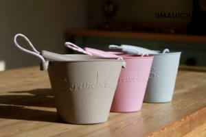 Scrunch-buckets-in-FFF-colours-300×200