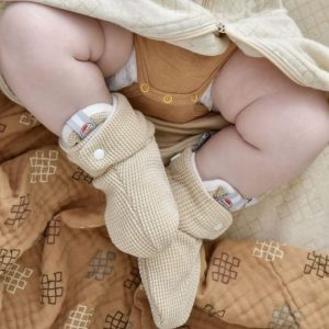 pol_pl_Buciki-niemowlece-Lodger-Ciumbelle-Ivory-16165_6