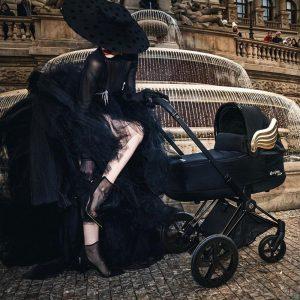 pol_pl_Cybex-by-Jeremy-Scott-Priam-2-0-Wozek-Gleboko-Spacerowy-Zestaw-2w1-Fashion-Collection-Black-Gold-Wings-50098_7