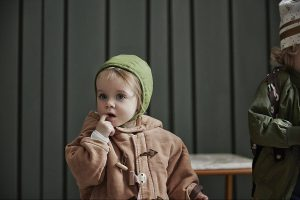 pol_pl_Elodie-Details-Czapka-Winter-Bonnet-Popping-Green-1-2-lata-8399_3
