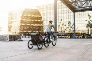 pol_pl_Przyczepka-rowerowa-dla-dziecka-THULE-Chariot-Lite-1-Agave-Black-9485_2