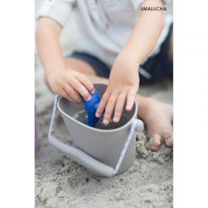 skladane-wiaderko-do-wody-i-piasku-scrunch-bucket-szary (2)